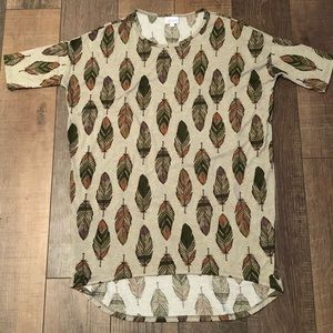 LuLaRoe feather print blouse size XS